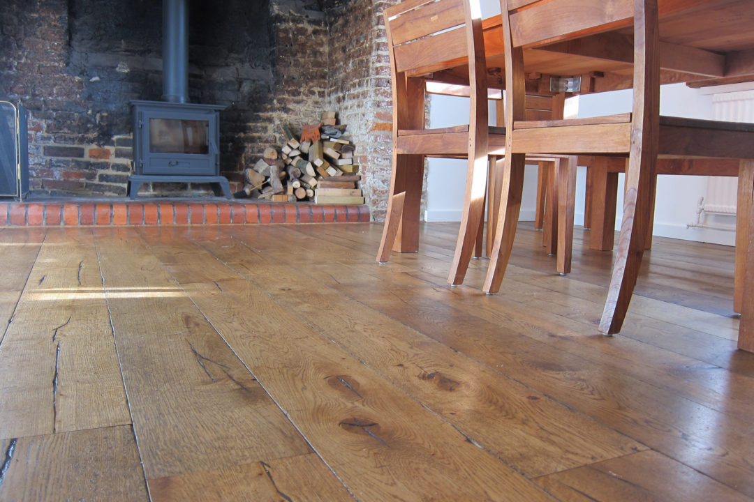 wooden flooring chairs and table